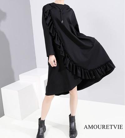 アシメデザインが可愛い一着♪フリルとフード付きでカジュアルかつスタイリッシュにきまります☆彡