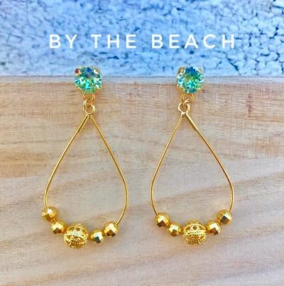 大人なビーチガールへ☆ 涼しげグリーンカラーが眩しいゴールドビーチピアスはいかがですか?