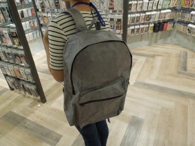 お買い物を楽にするとにかく軽いバックパック