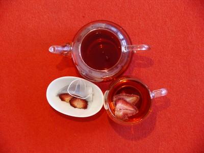 お急ぎください!「和紅茶あまおういちご」ご好評につき在庫わずかです!