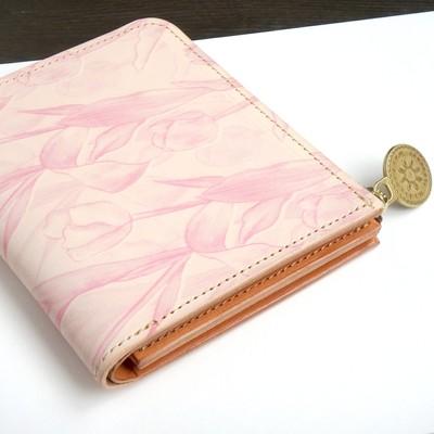 母の日に贈る、チューリップデザインの革財布♪