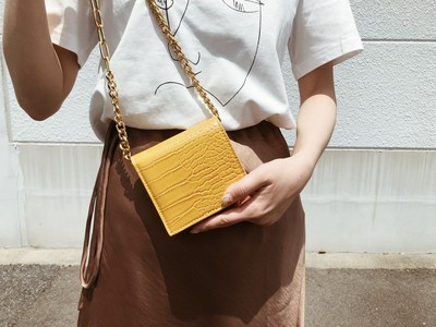 ❤️折り畳み財布 ショルダー付き❤️