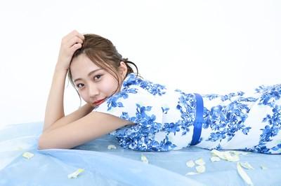 【爽やかな春服】清潔感溢れるブルーの花柄ワンピ♪
