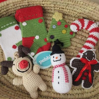 手編みのクリスマス・オーナメントで、ほっこりクリスマス!