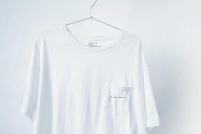 ビックシルエットのポケットTシャツ