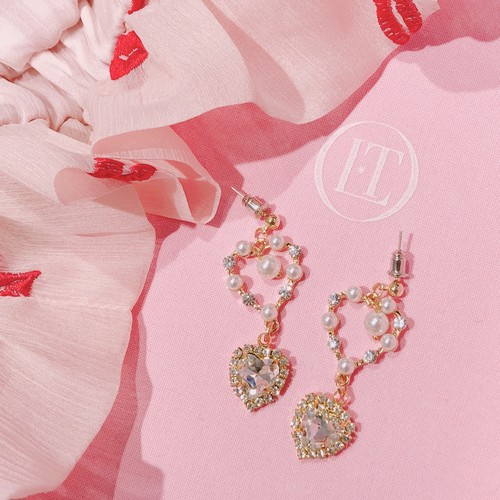 【anchovyy】Heart × Pearl ピアス/イヤリング