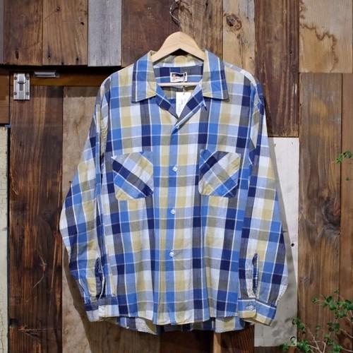 1960s Box Style Cotton Shirt / 60年代 ループカラー コットンシャツ
