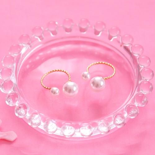 W Pearl Ring