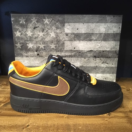 【NIKE】AIR FORCE1 SP/TISCI BLACK/BAROQUE BROWN (677802-020)