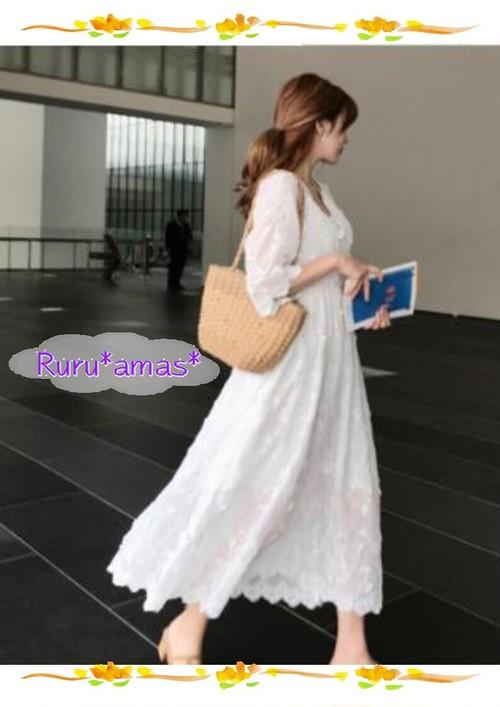 【お取り寄せ品】立体フラワー♡エンブロイダリーマキシワンピース・ドレス