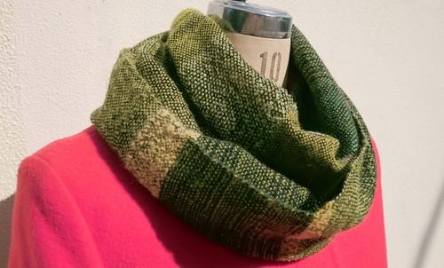 ☆男性へのプレゼントにも☆-Glitter Green- さをり織り手織りラメ入り グリーンスヌード
