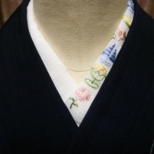 pivoneさんのフランス刺繍半襟「マリン」