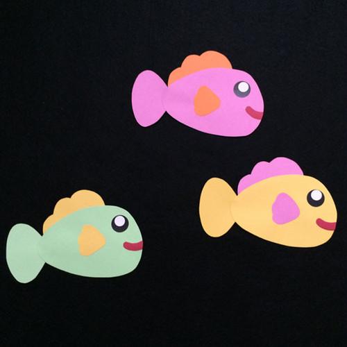 大きい魚(右向き)の壁面装飾