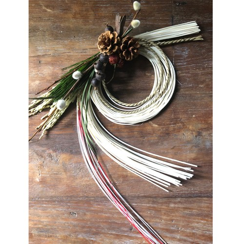 NEW YEAR's LUCKY WREATH M (R/W)