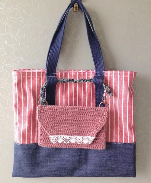 お散歩バッグ+手編みポーチ(赤ストライプ)