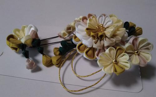 菊のつまみ細工