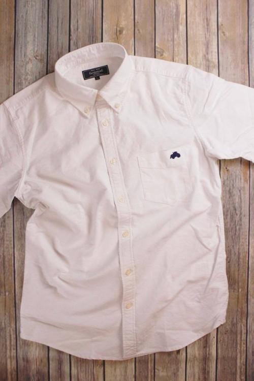トラクター刺繍入り 半袖ボタンダウンシャツ ホワイト