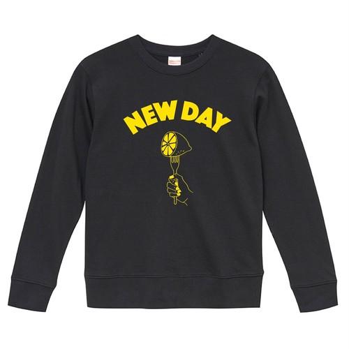 NEW DAY Sweat <BLACK>