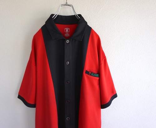[7-ELEVEN] バイカラー S/S ユニフォームシャツ レッド×ブラック 表記(XL) セブンイレブン