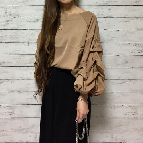 くしゅくしゅ ボリュームスリーブ ブラウス(beige)