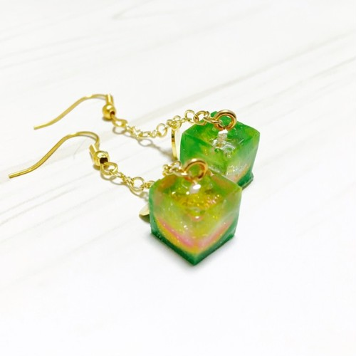 CUBE/lime