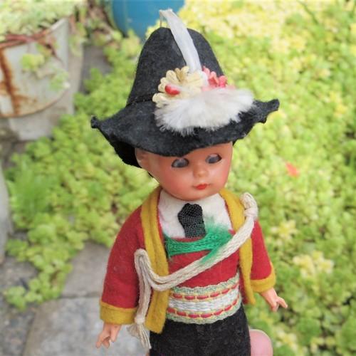 #エア蚤の市 民族衣装のお人形③