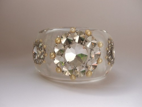 bijou flower bangle[L]
