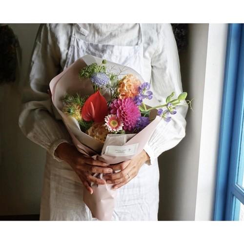 母の日に:季節のお花のおまかせ花束