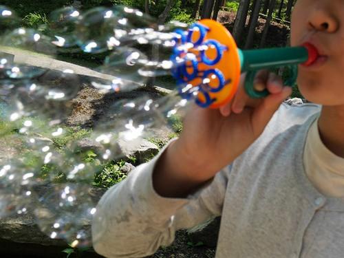 【2歳からのおもちゃ】 ドイツ プスティフィックス(Pustefix)社 シャボン玉シャワー 五感を刺激します!
