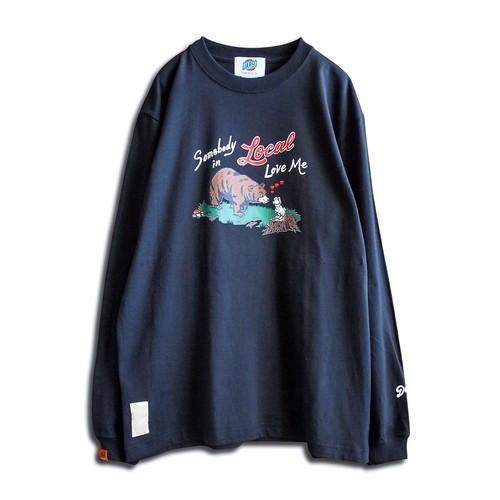 "【DARGO】""SOMEBODY IN LOCAL LOVE ME"" Long T-shirt(SUMIKURO)"
