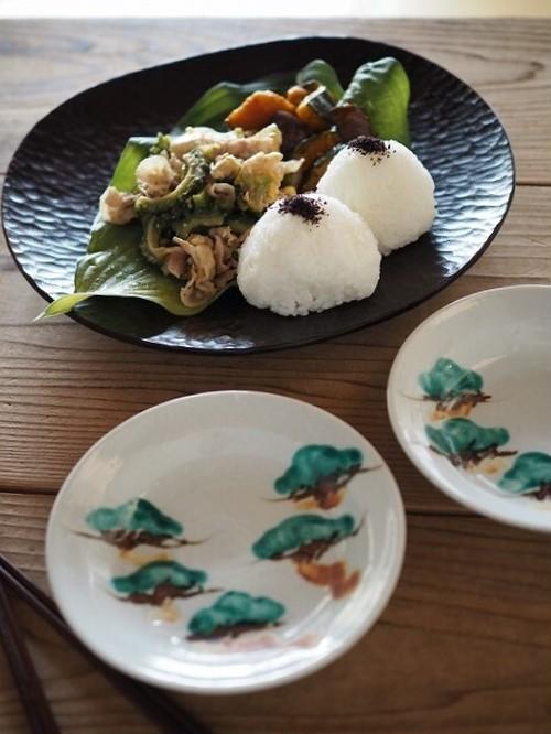 [中尾万作] 松文4.5寸皿
