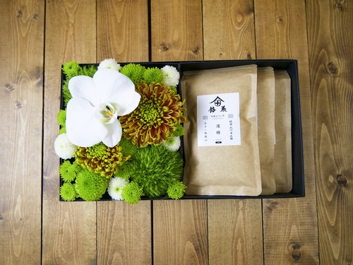 【お盆・お供え・仏花】【お茶とお花のセットBOX B】〈お茶3種類〉