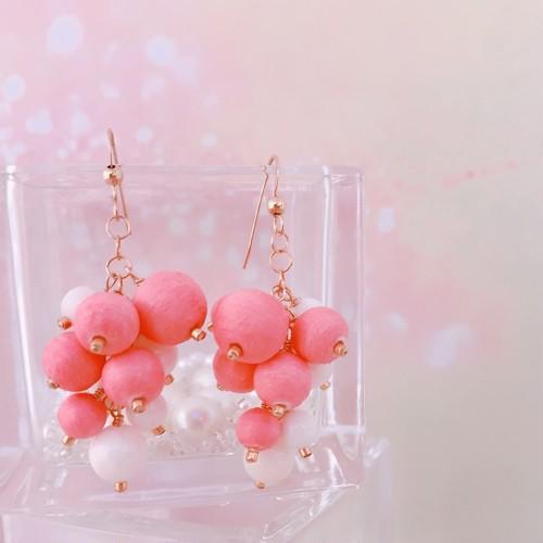 【Sako Yamada×CORALIA】 CCCP-grape-A-Mサイズ フック ピアス イヤリング 白珊瑚 チェンジングカラー コットンパール