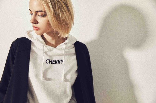 """CHERRY"" PULLOVER HOODY"