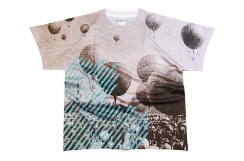 TシャツD