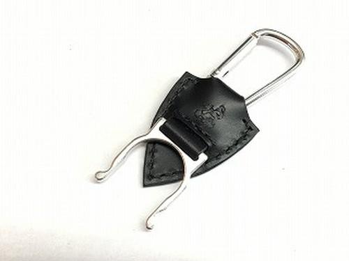 ペットボトルホルダー 革:黒  糸:黒