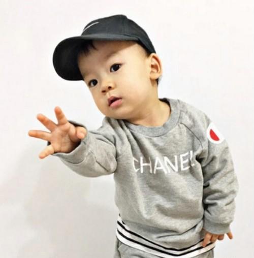 韓国子供服 パロディ ロゴトレーナー GGAMBO