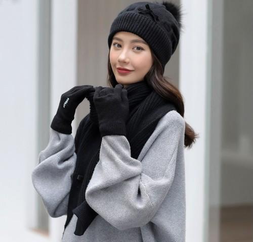 ウール帽子 スカーフ 手袋 3ピース