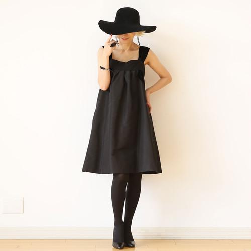 MARGARETH & MOI ブラックドレス:M&M-03 ¥128,000+tax