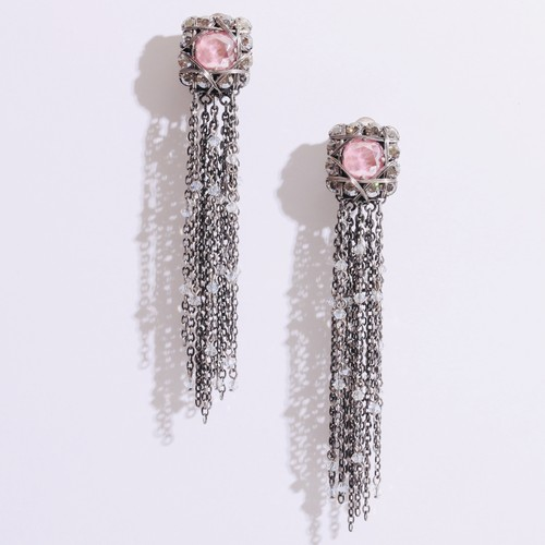 pink long earringイヤリング