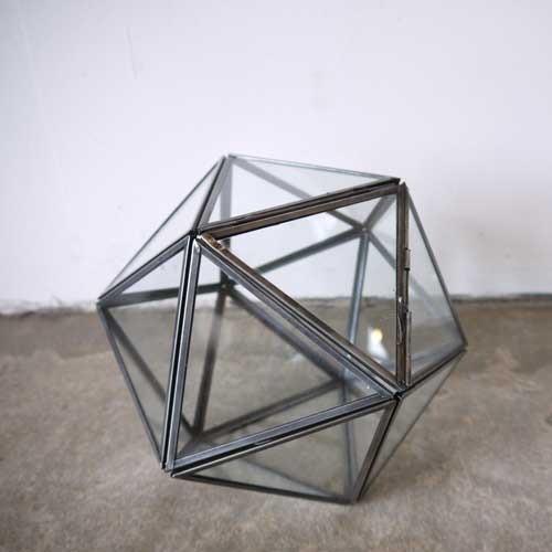 Triangles TERRARIUM