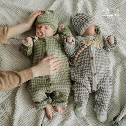 送料無料!【予約販売】お得なセット!格子柄 ニット 帽子 & ニット ジャンプスーツ 70cm〜100cm  赤ちゃん 出産祝い 男の子 女の子 姉妹 兄弟 双子