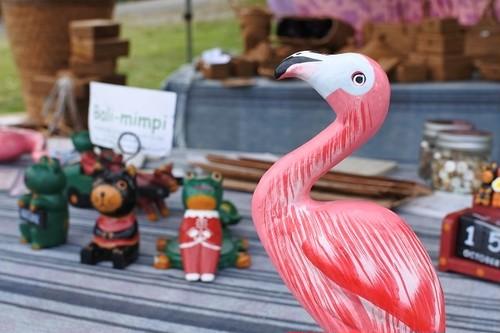 細かく手描きをした木彫りの鳥 フラミンゴ 20㎝