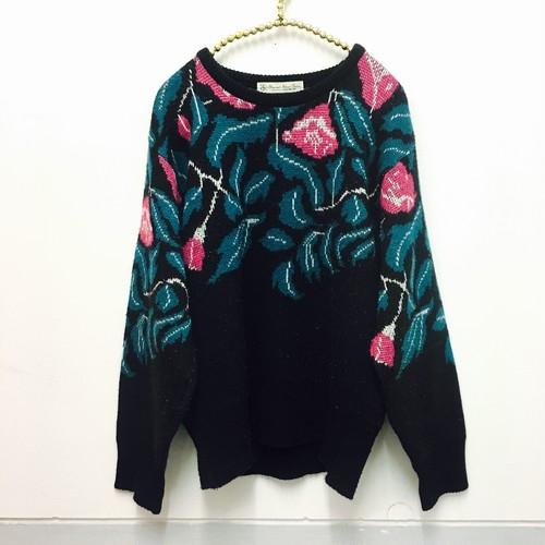 pink × green flower knit