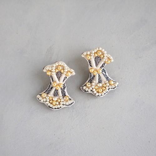 pierced earrings C-XP02/earrings C-XE02<white>