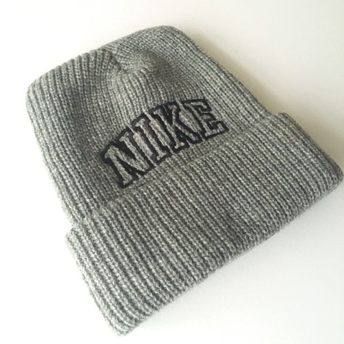 NIKE : 90's logo embroidery knit cap (used)