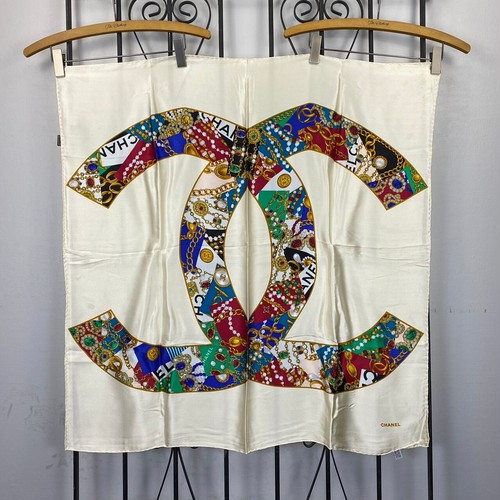 .CHANEL COCO MARC SILK100% LARGE SIZE SCARF MADE IN ITALY/シャネルココマークシルク100%大判スカーフ 2000000043111