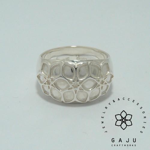 gajuvana Trinity wide ring (medium)