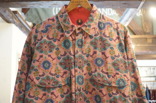 late 70's unknown psychedelic-print corduroy Shirt