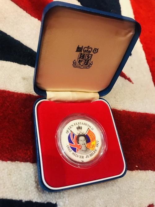 ケース付 Silver Jubilee 1977 Badge 3.6cm